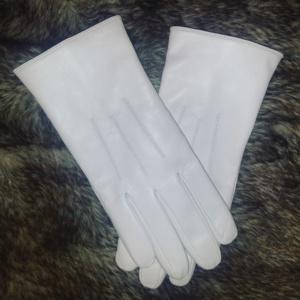 Model trei raze alb (2)
